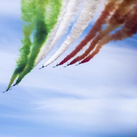 Tricolor Arrows