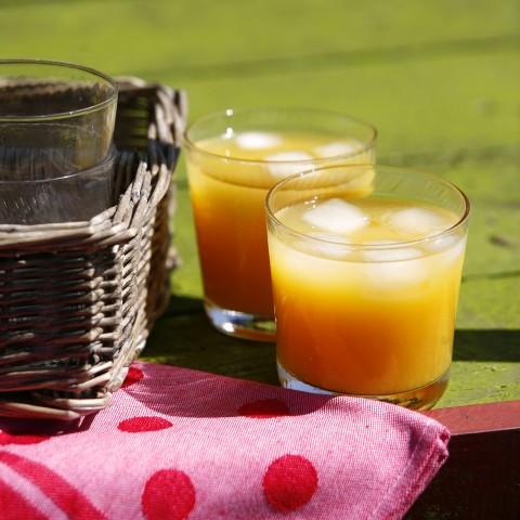 Chilled Lemonade